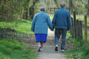 Old-couple-393096-m[1]