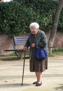 Old-people-735910-m[1]